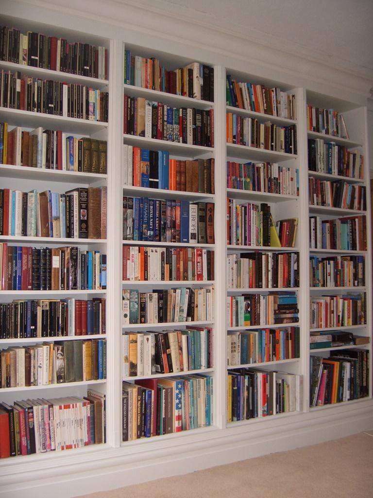 おしゃれでスタイリッシュな本棚
