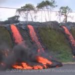 キラウエア火山の溶岩が家を焼く