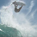 サーフィンでバックフリップ